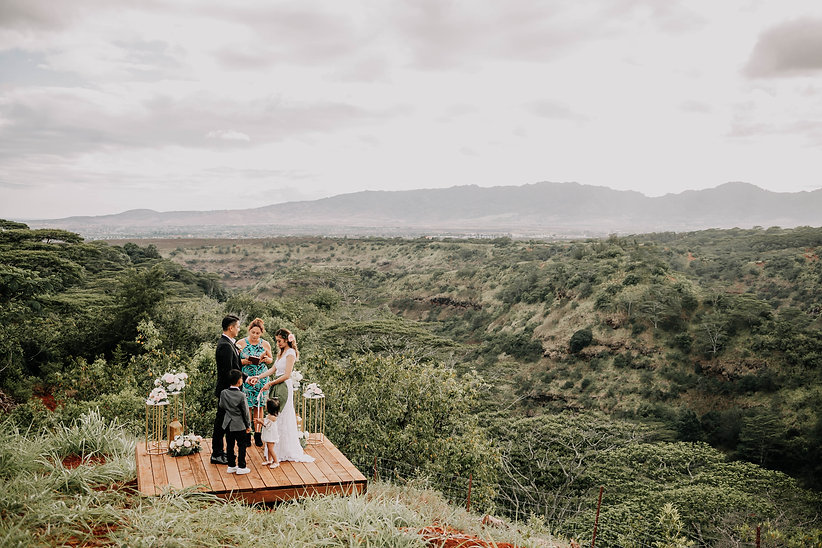 manana estates, hawaii vista weddings, hawaii officiant, adventure elopement, vow renewal, hawaii weddings, hawaii wedding, destination wedding, hawaii wedding venue