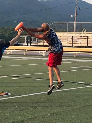 Ultimate Frisbee Pic #2.jpg