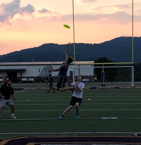 Ultimate Frisbee Pic #1.jpg