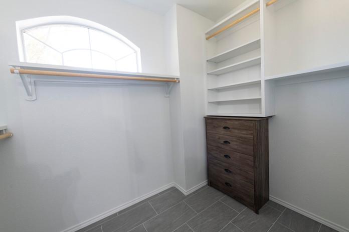 New Wall Closet Shelves