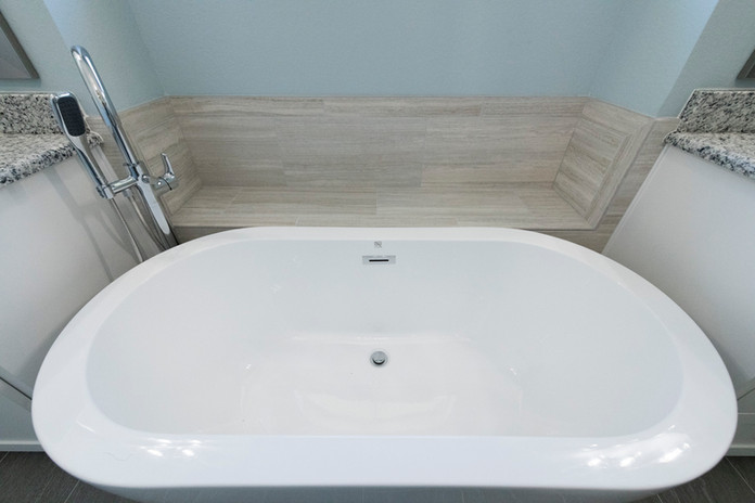 White Tub