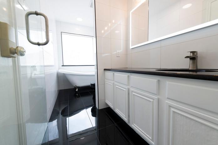 Black Shower Tile