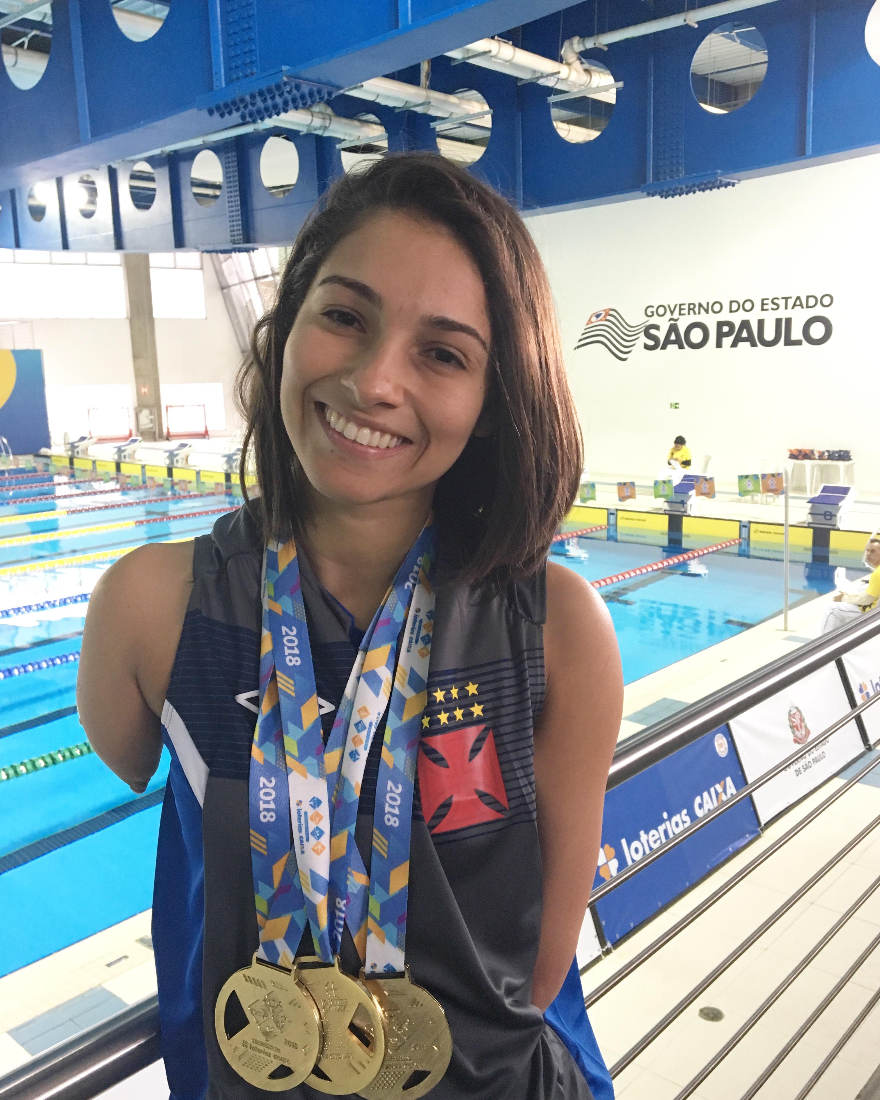 Dayanne Silva natação