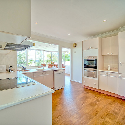 Kitchen 03.jpeg