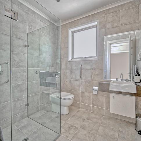 BB Bathroom.jpeg