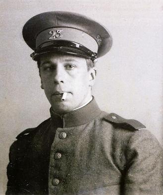 Theo_van_Doesburg_in_military_service.JP