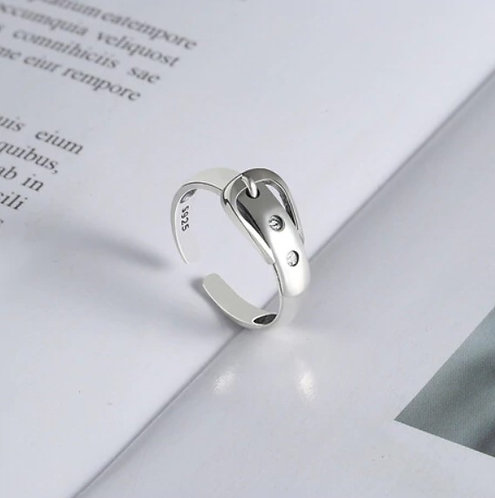 Sterling silver 925 adjustable ring with plating in white gold, belt