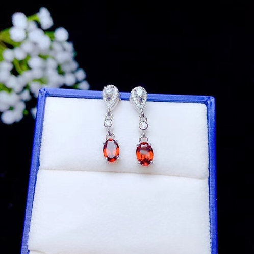Sterling silver 925 earrings with natural garnet