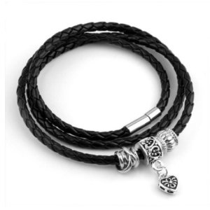 Charm bracelet in leather
