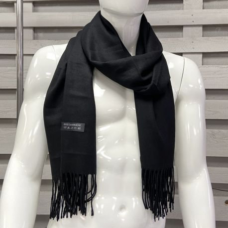 Plain cashmere scarf with fringes