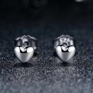 Stud earrings in sterling silver 925, little hearts