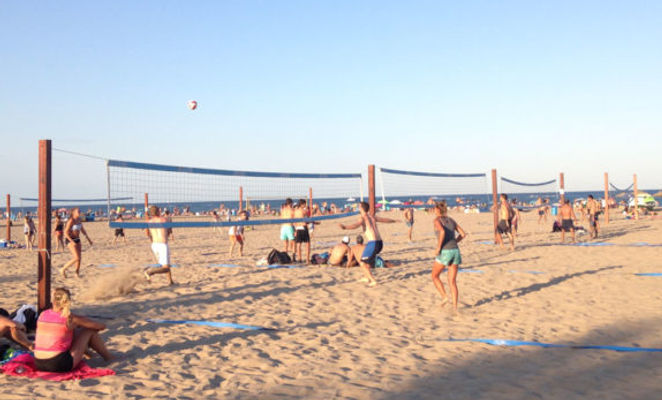 BeachBol_kentät.jpg