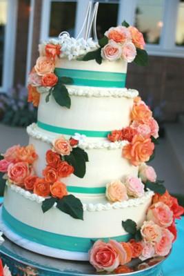 Elegant Classic Cake