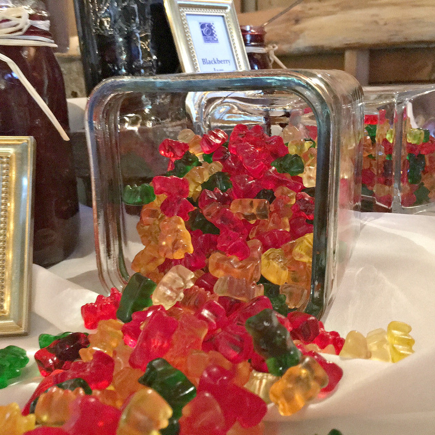 Are there going to be kids at your wedding? No? Are there going to be people who enjoy fun in their life at your wedding? Well, then gummy bears make a tasty treat for young and old alike.