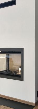 Cheminée d'angle avec foyer AXIS 2 vitres