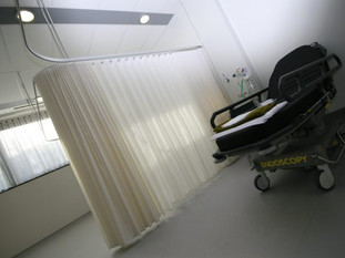 Rapid Response Curtains – 7 working days from call to install to help with Covid.