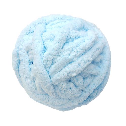 Madeja chenille azul bebé