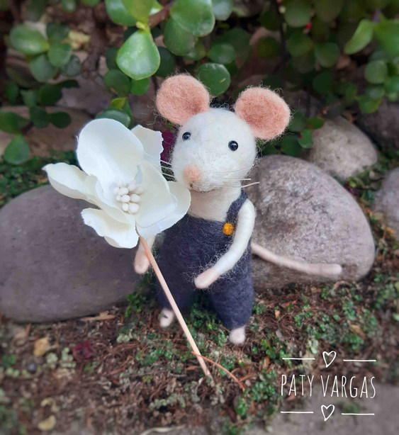 Materiales para fieltro agujado o needle felting