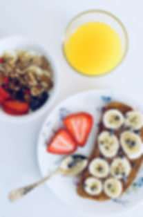 banana-blueberries-bowl-916925.jpg
