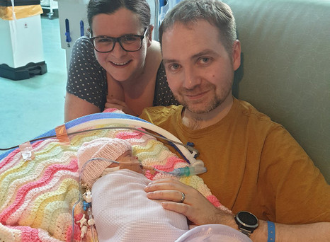 When Doctors Suspected This Mum Had Covid-19, She Faced Her C-Section Alone