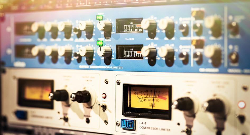 Studio89-Rack B