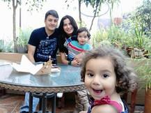 FAMILY PERUANA PATIO.jpg