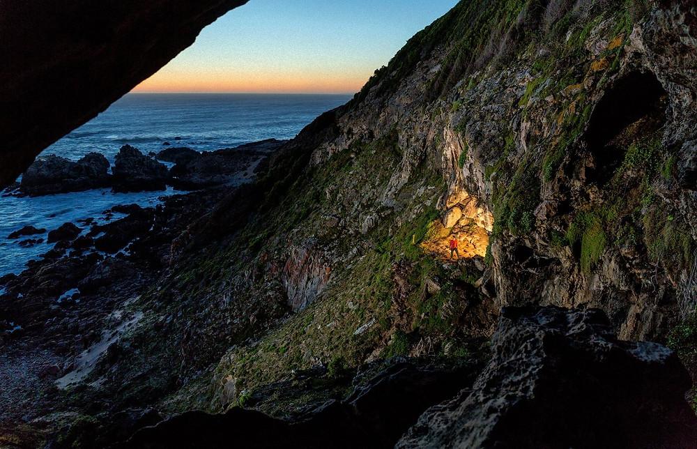 Вид на пещеру Бломбос