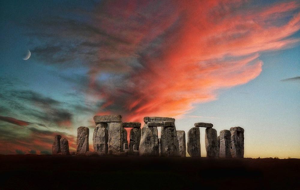 Стоунхендж на закате, красивое фото