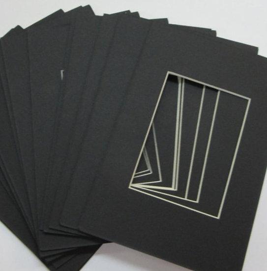 Black mat for framing