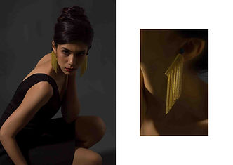 DANGLER GOLD EARRING- 3400.jpg