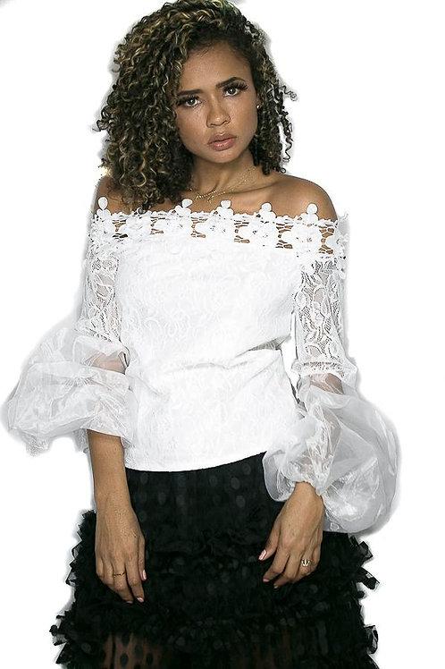 Glamorous puffed sleeves blouse