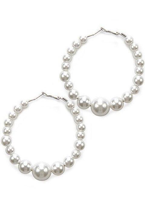 Glam pearl hoop earrings