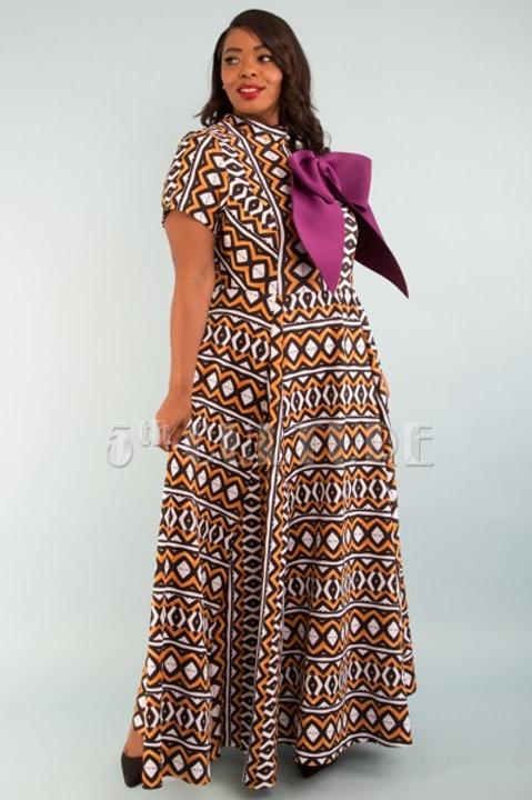 Glamorous flowy maxi dress
