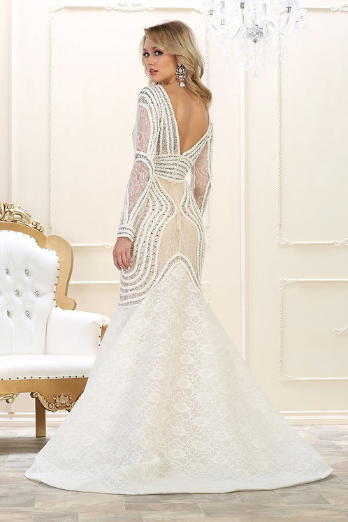 CHIC EVENING GOWN