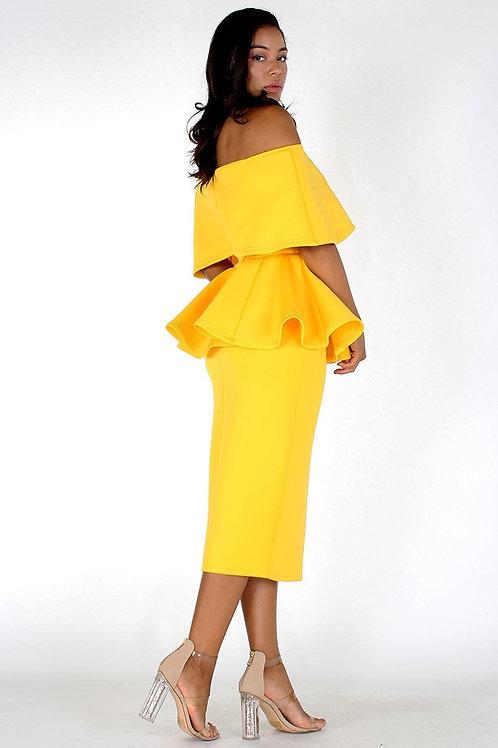 Off shoulders peplum midi dress