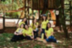 equipe de amarelo.jpg