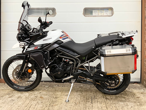 Triumph Tiger 800 XCA 2017 Luggage FULLY LOADED