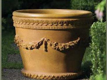 FLORENZA CONCRETE PLANTER by Gardenstone