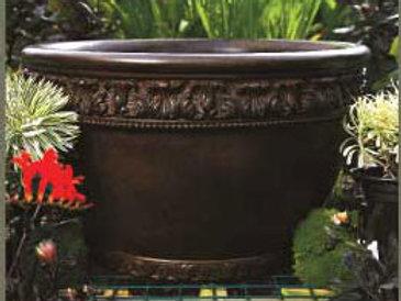 RONDELLE CONCRETE PLANTER by Gardenstone