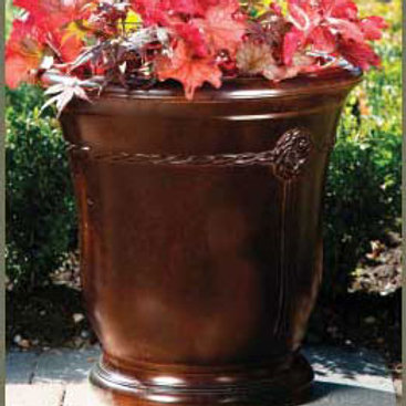 ELLETRA CONCRETE SMALL PLANTER by Gardenstone