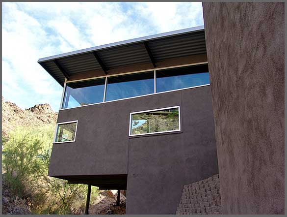 Butterfly Roof & Cantilevered Floor