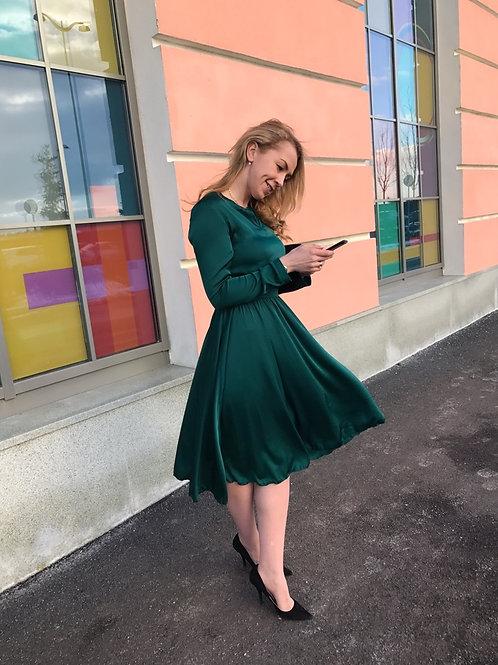 Шелковое платье Алиса изумруд