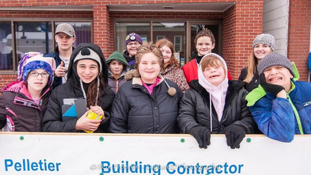 CMS Class Attends Can-Am Sled Dog Races