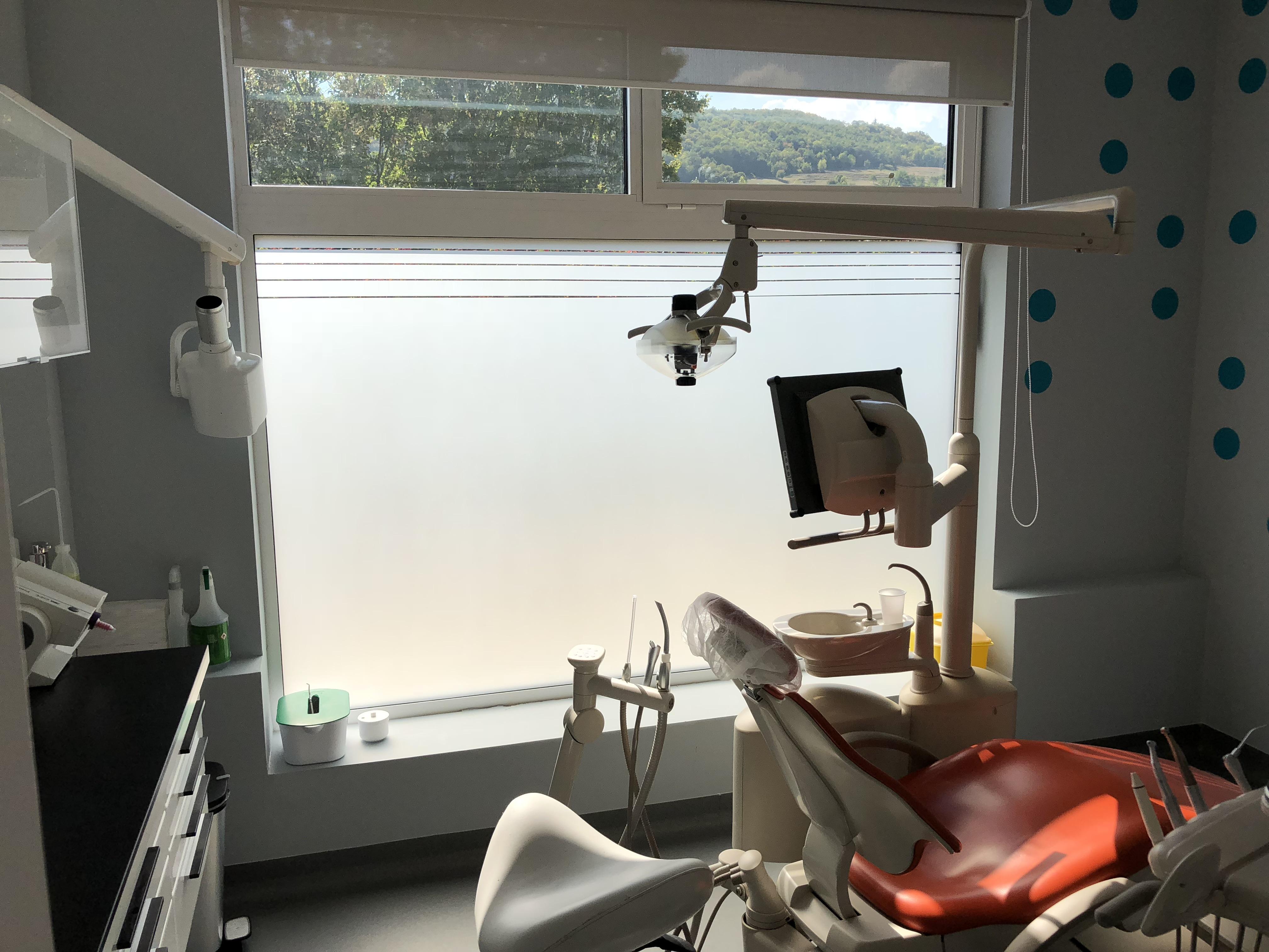 film-depoli-cabinet-dentaire