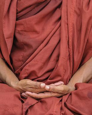 Meditierende Handbewegung