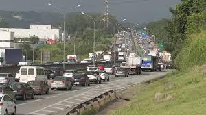 Faixas da rodovia Castello Branco são bloqueadas em São Paulo por caminhoneiros