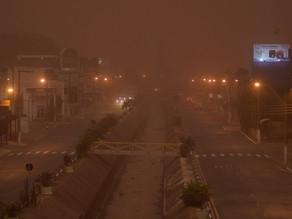 Moradora de Franca, SP, registra nuvem gigante de poeira ao lado do apartamento: 'nunca tinha visto