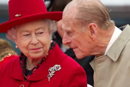 Morre príncipe Philip, marido da rainha Elizabeth, aos 99 anos