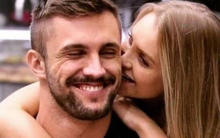 Carla Diaz e Arthur Picoli vivem romance fora do 'bbb 21': visitas da atriz ao apê do brother