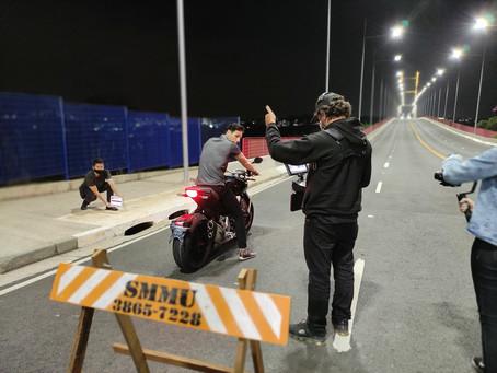 """Ponte Estaiada de Hortolândia é cenário do filme de motos """"Tração"""""""